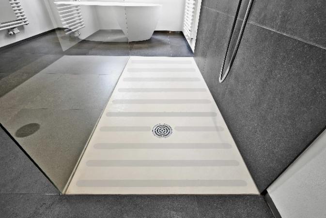 Anti Rutsch Schutz Streifen für Ihre Böden in Bad & Dusche